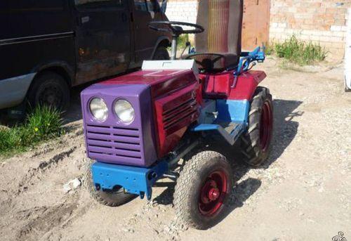 Minitraktor_kmz-012_02