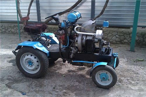 Трактор с двигателем заз