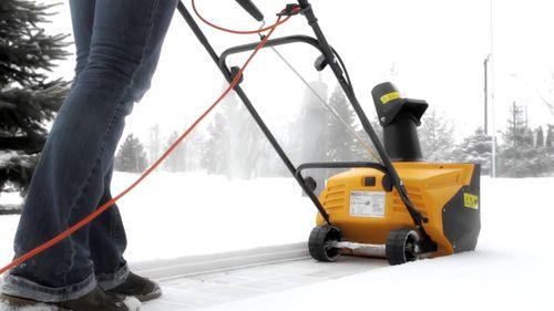 Проводной снегоуборщик
